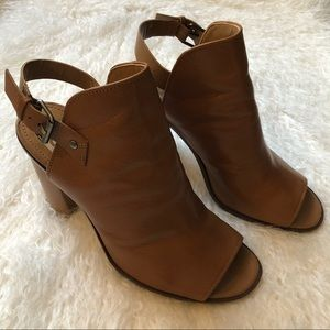 Anthropologie DV Dolce Vita Whitney Booties
